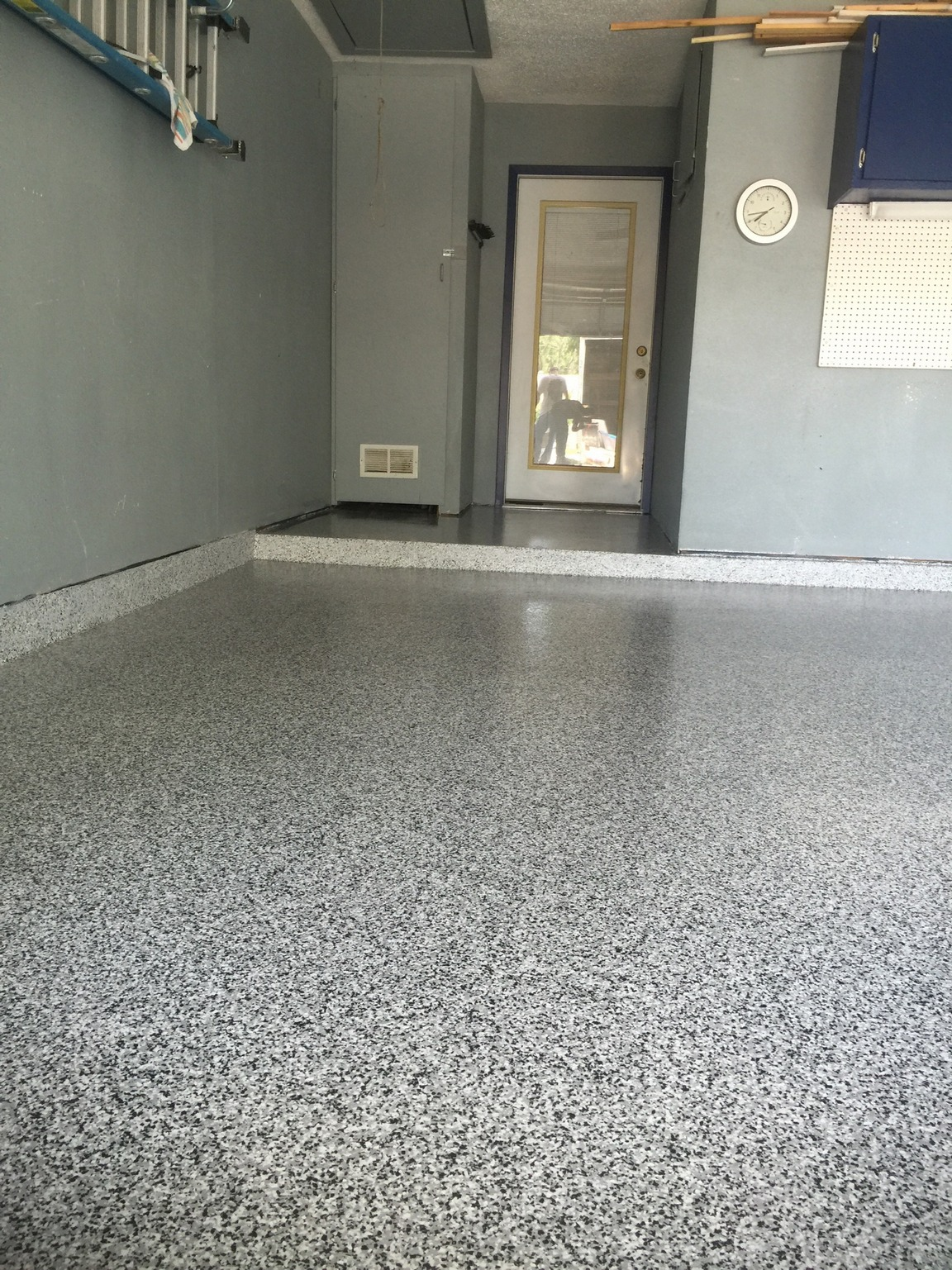 garage flooring saddle floor monkeyz epoxy austin
